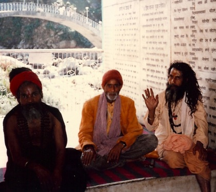 india-three-sadhus1